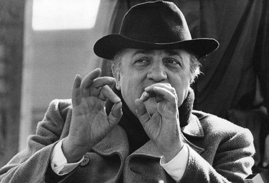 How To Act Like A Pretentious Film Buff Federico Fellini birthday