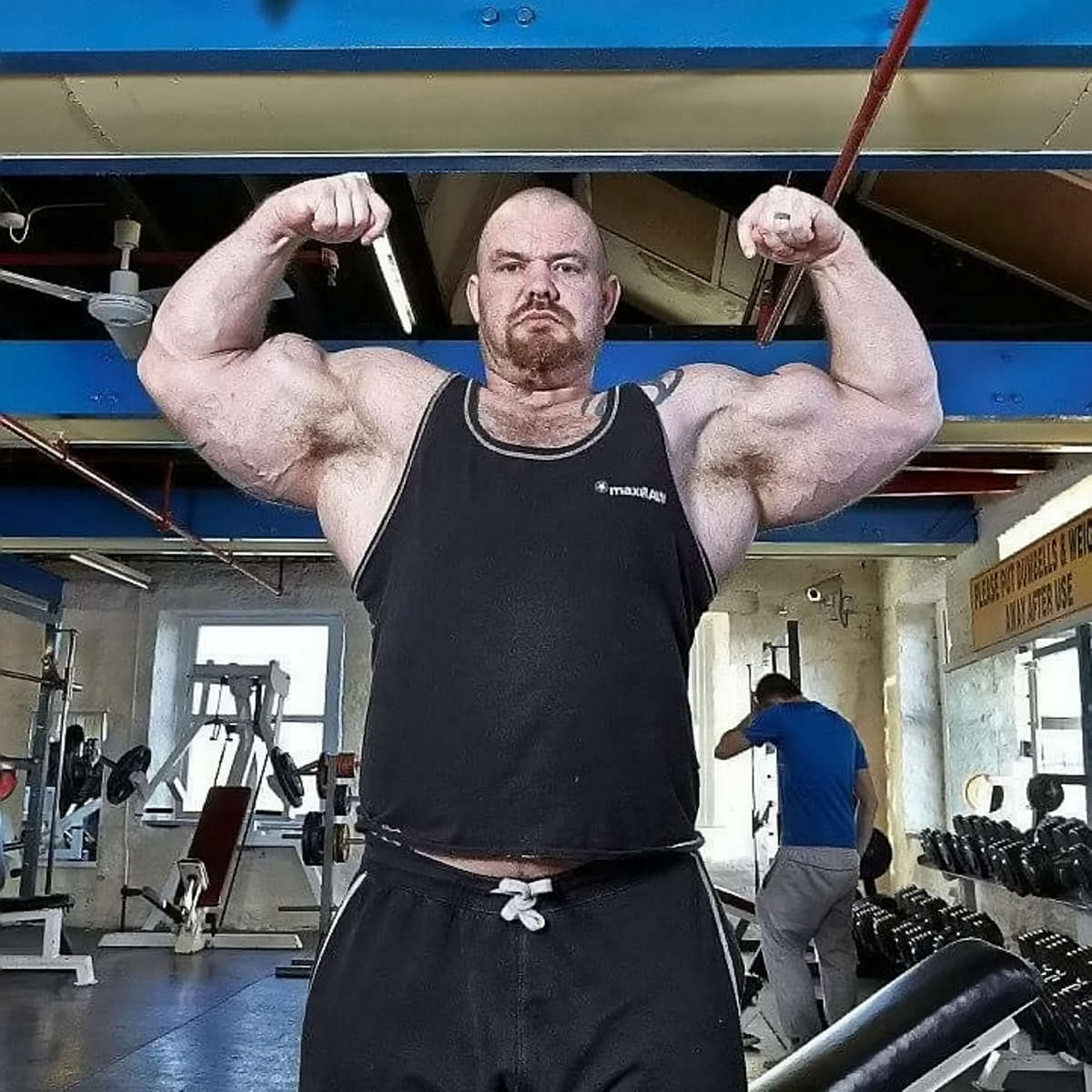 Man Turns Life Around To Set Record For UKs Largest Biceps SWNS BIGGEST BICEPS 29