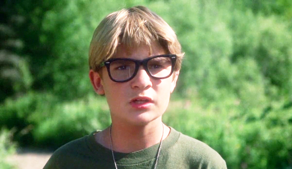 glasses Stand by Me Corey Feldman Elijah Wood Claims Hollywood Has A Jimmy Savile Like Paedophile Ring