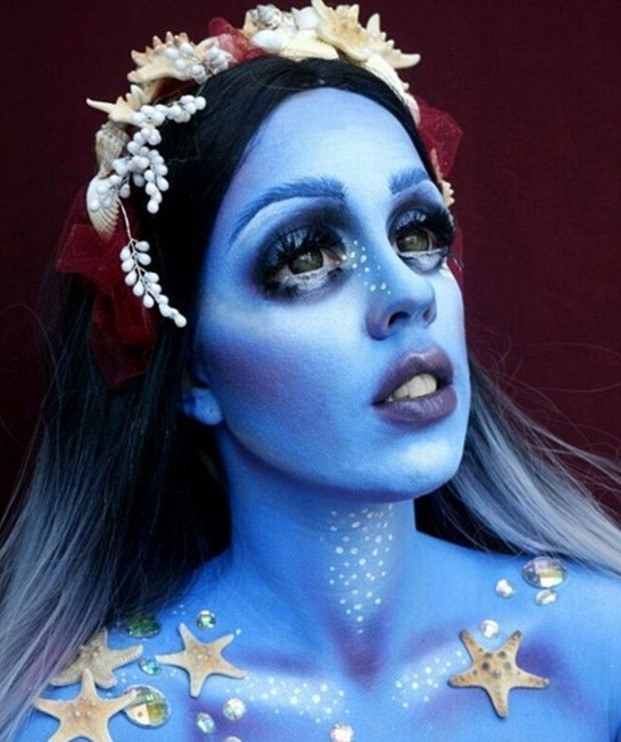 This New Makeup Trend Is Taking Instagram By Storm 35B53E6D00000578 3661606 Alien like This woman has painted her body blue silver spots wit a 1 1467012220750