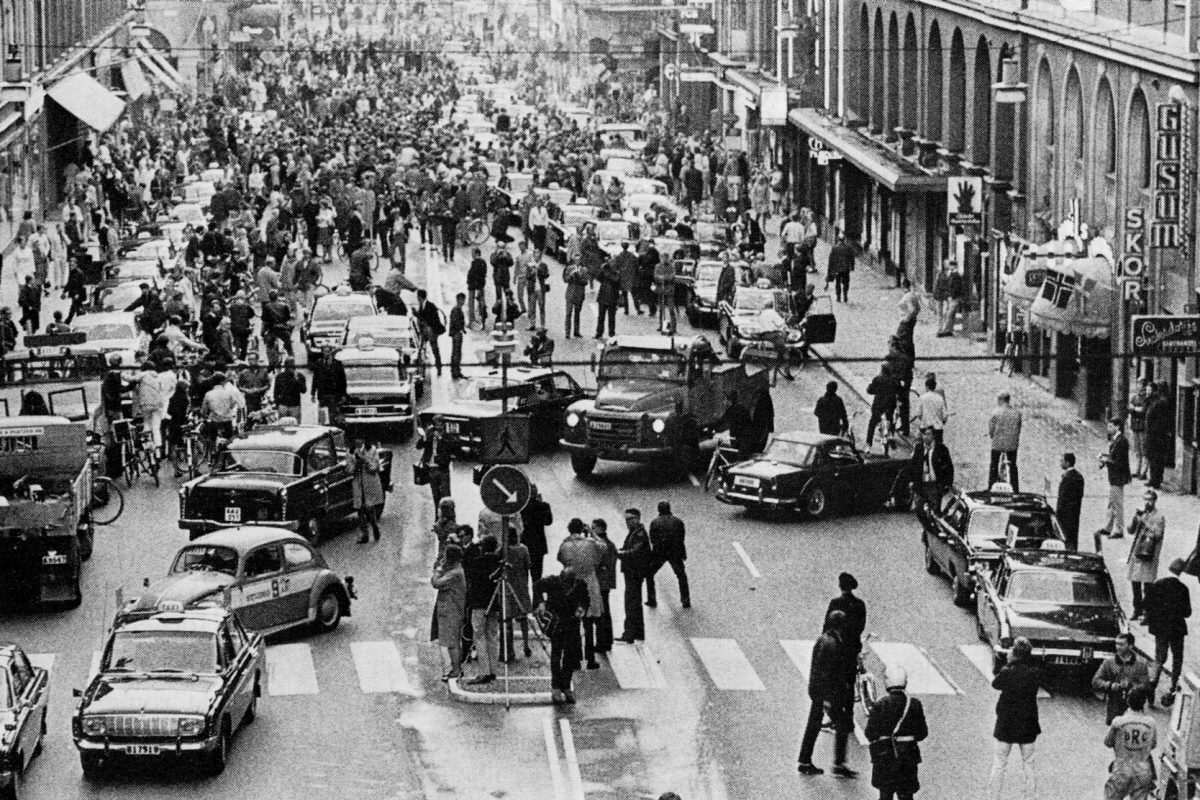 H day Kungsgatan 1967 1200x800 Will The Government Ignore The EU Referendum Result?