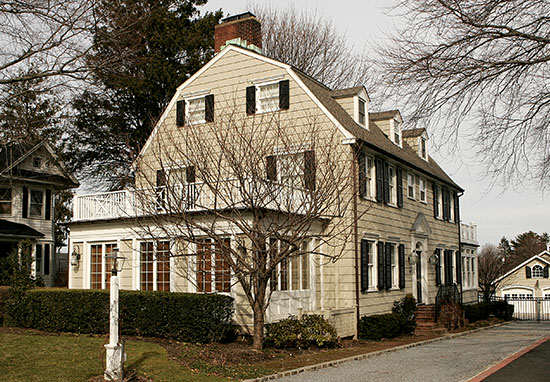 the real 39 amityville horror 39 house up for sale take a