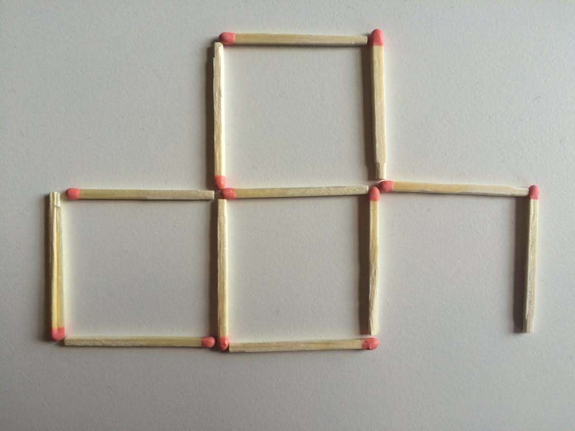 3 This Toothpick Puzzle Is Confusing The Sh*t Out Of The Internet