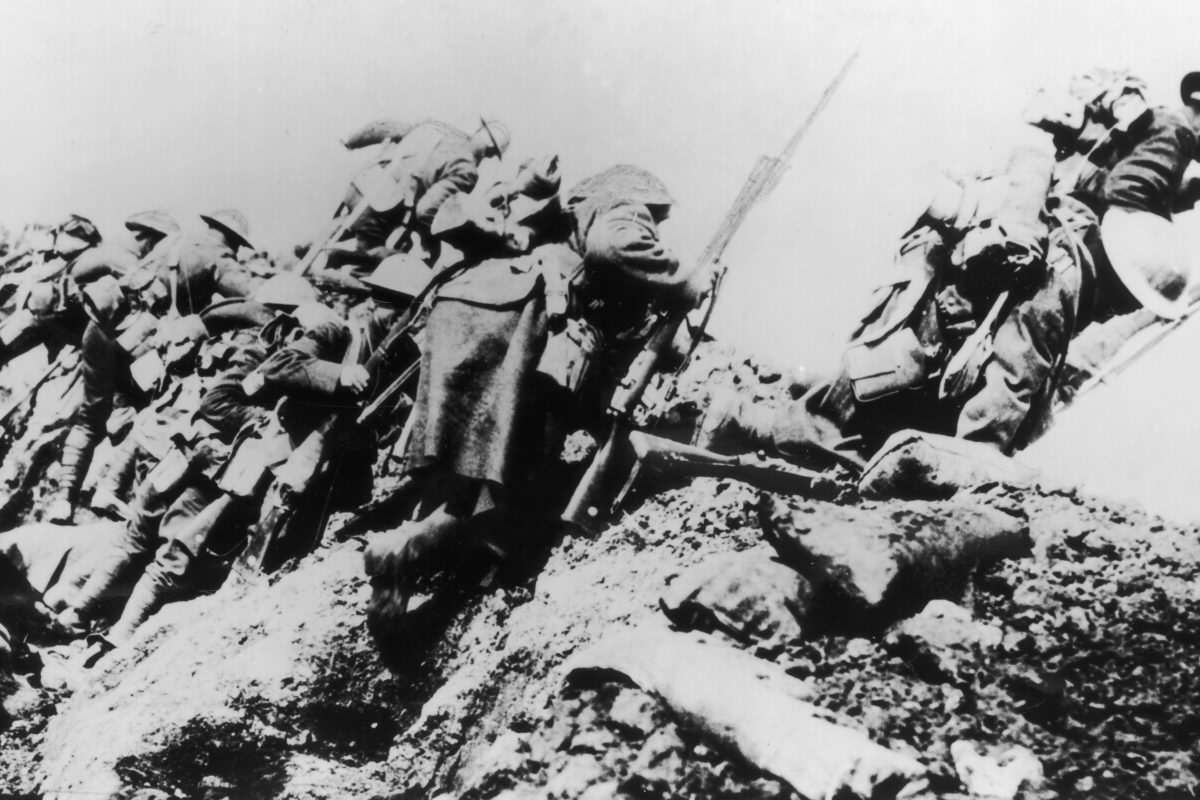 GettyImages 3246467 1200x800 The Somme: Why We Need To Remember Britains Bloodiest Battle