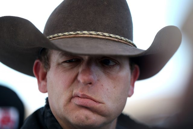 Oregon Militia Leader Attempts Cartoon Style Breakout Attempt GettyImages 503650286 640x426