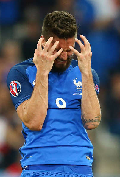 Giroud France Sad Getty Wenger Eyes Sensational Swap With World Star In, Giroud Out?