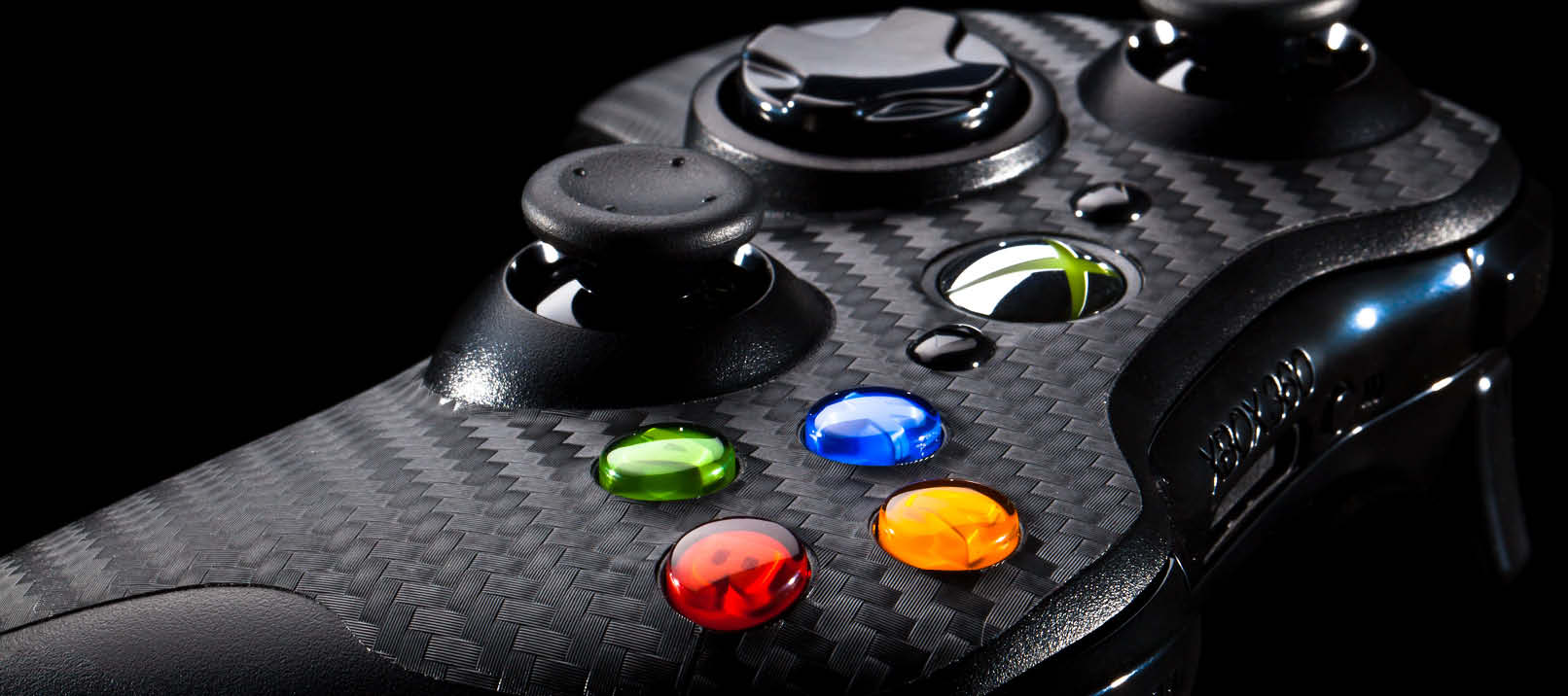 xbox360 controller side carbon black Xbox 360 Nearly Had Different Name To Catch Up With PlayStation
