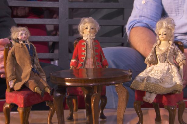 Dolls1 Antiques Roadshow Expert Goes Nuts For Super Rare Six Figure Find
