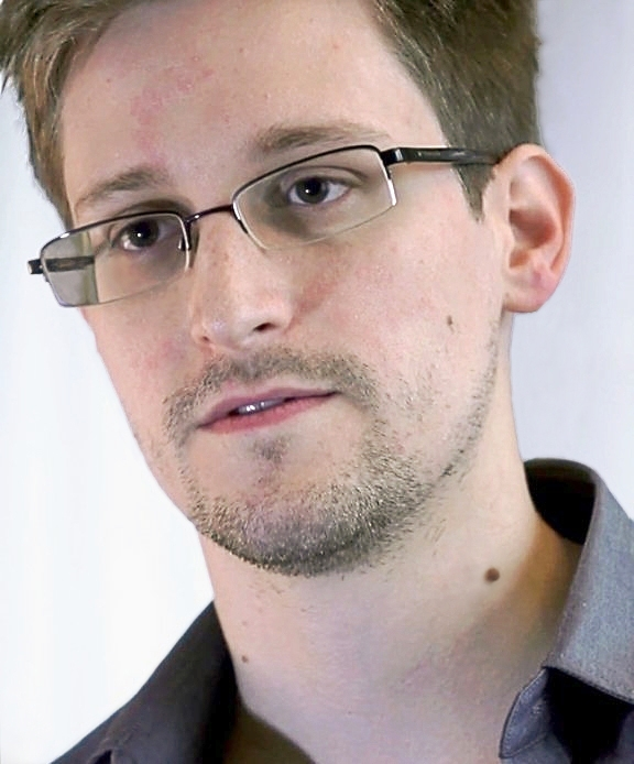Edward Snowden 2 Edward Snowden Feared Dead After Mystery Tweet