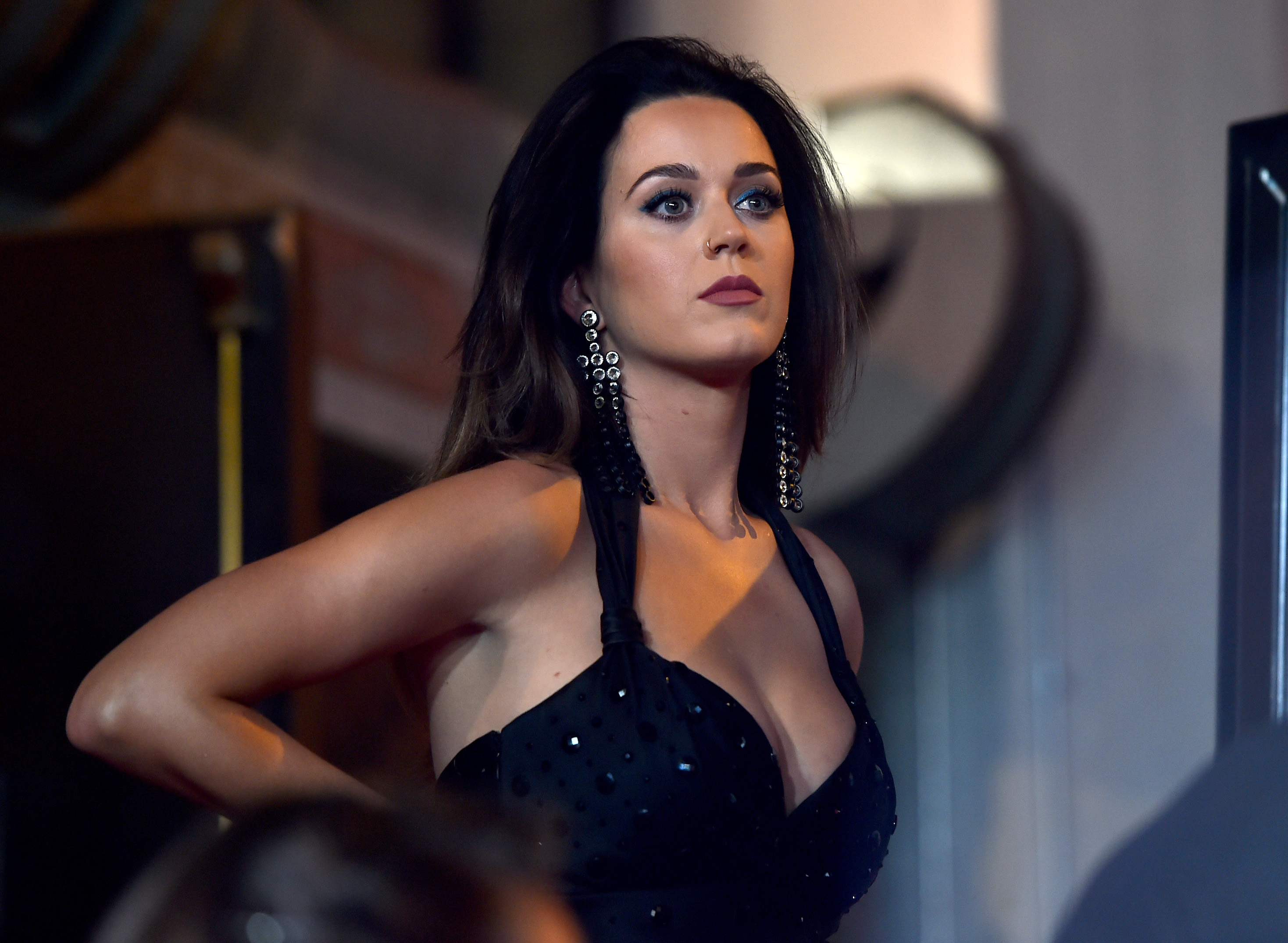 GettyImages 487347040 Katy Perry Just Shared An Upskirt Picture Because Why Not