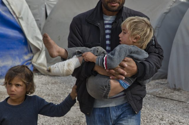The Media Isnt Showing You These Shocking Images Of Syrian Children PA 21481030 1 640x426