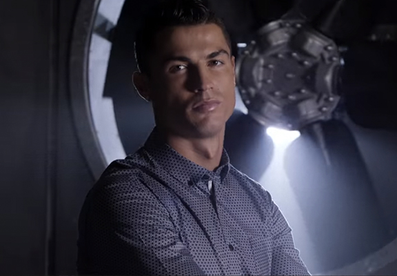 Cristiano Ronaldo Playing Breaking Bad's Aaron Paul At Poker Is Epic