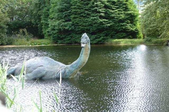 nessie 1 640x426 New Tourist Photos Of The Loch Ness Monster Emerge
