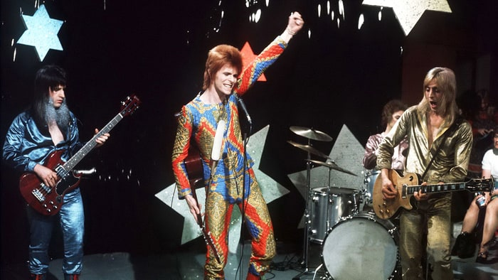 rs 247093 RS Bowie0 Over 1,000 Musicians Perform David Bowie Track In Incredible Video