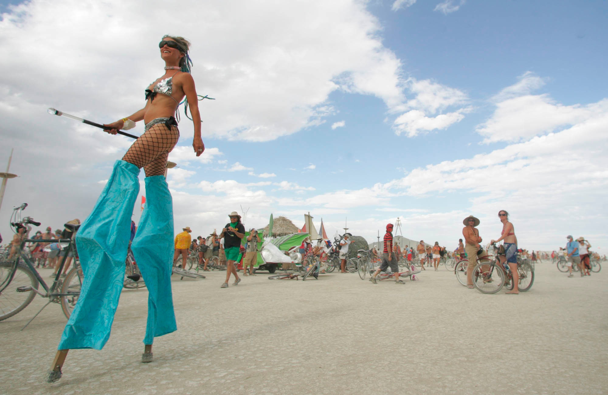 PA 5072125 People Did Some Weird Sh*t At Burning Man Festival This Year