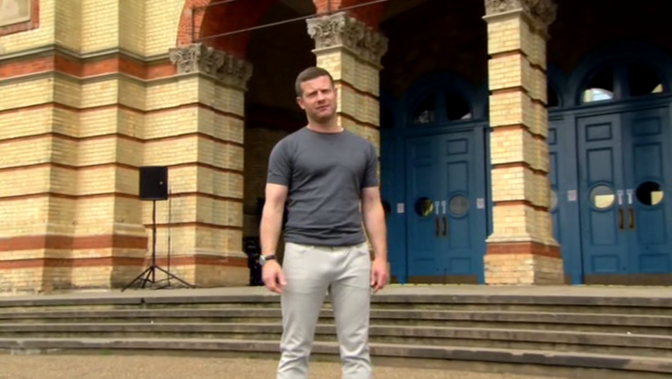 dermot o leary x factor Dermot OLeary Accidentally Showed His Dick On X Factor