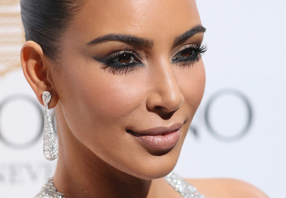 kim k featured Heres Ridiculous Amount D List Celebrities Are Making On Social Media