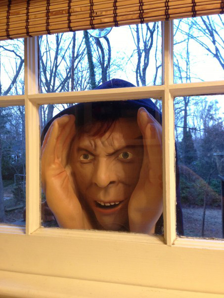 pic 25 This Halloween Mask Is So Scary That It Was Banned