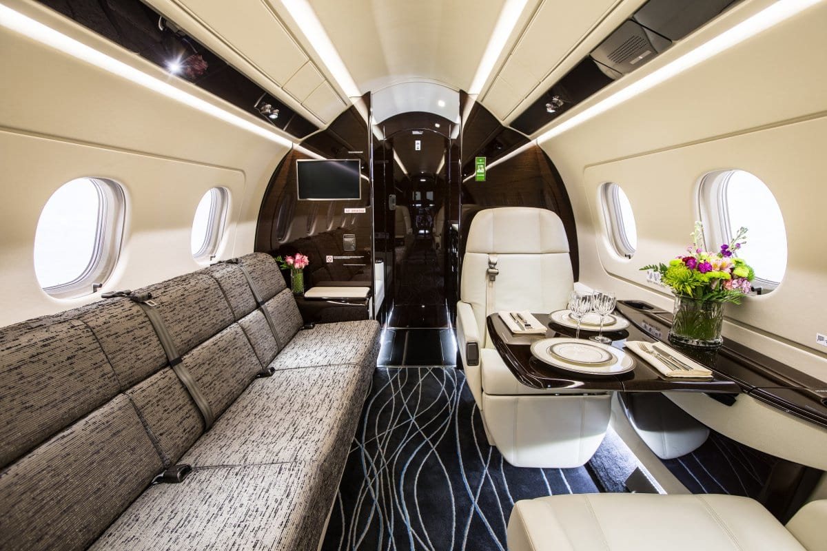 16707UNILAD imageoptim and youll find a cavernous interior its also an infinitely customizable 1 Jackie Chan Has An Absolutely Amazing New Private Jet