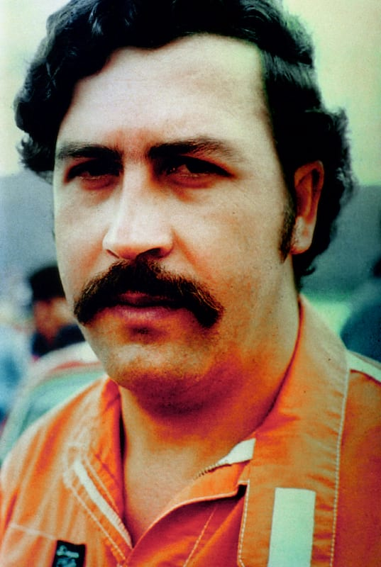 2255UNILAD imageoptim escobar2 Why Are People So Obsessed With Outlaws Like Pablo Escobar?