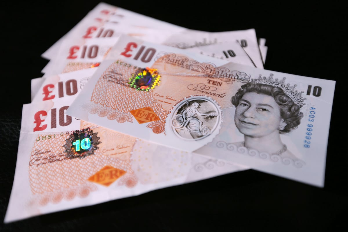 64709UNILAD imageoptim PA 17555533 Heres What The New Plastic Ten Pound Note Will Look Like
