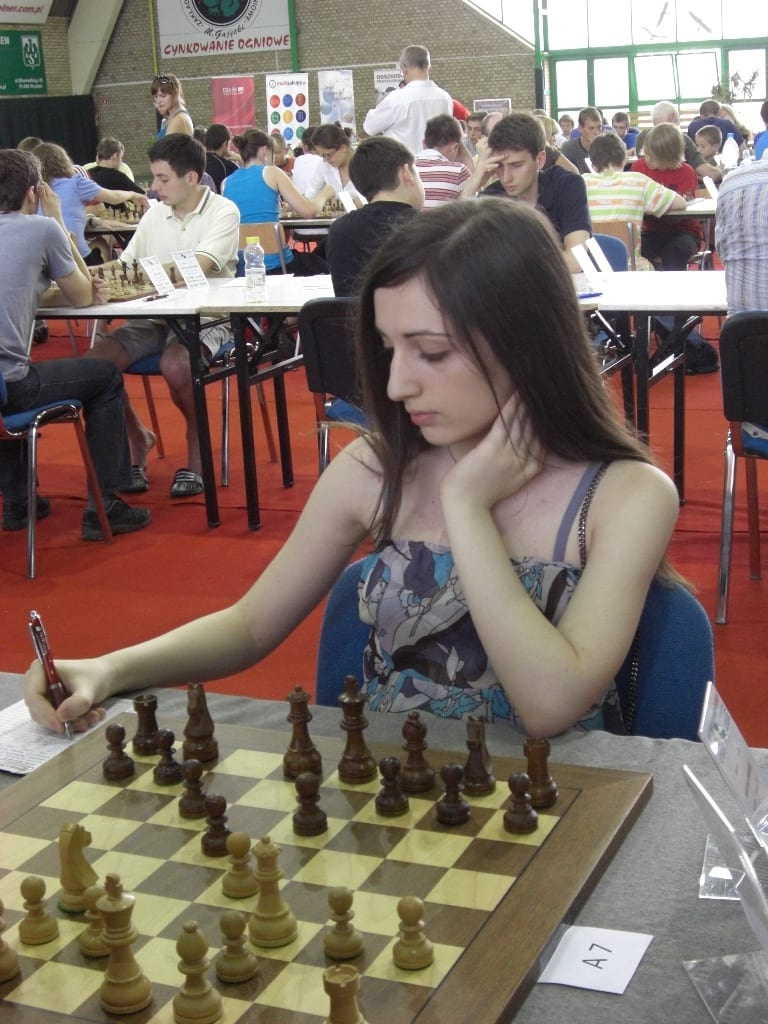 wsi imageoptim Nazi Paikidze Wroclaw2010 U.S. Chess Champion Boycotts Iran Tournament Over Oppressive Dress Code