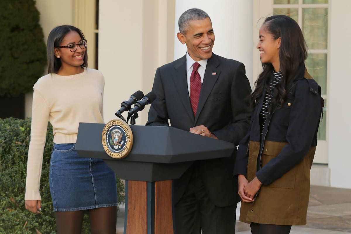 52327UNILAD imageoptim GettyImages 498724346 This Is What Obama Said To His Daughters After Trumps Victory