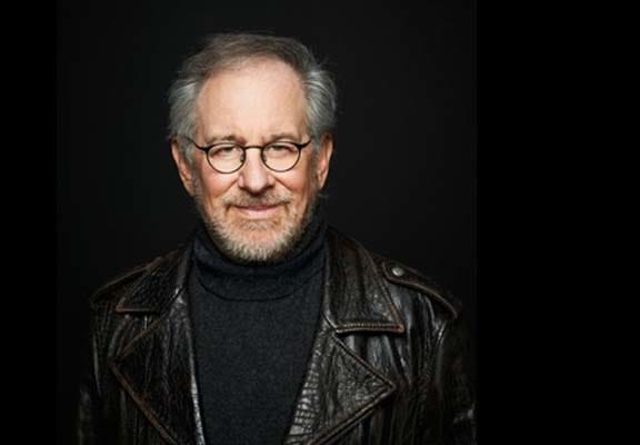 JJ Abrams Reveals How Steven Spielberg Changed The Force Awakens