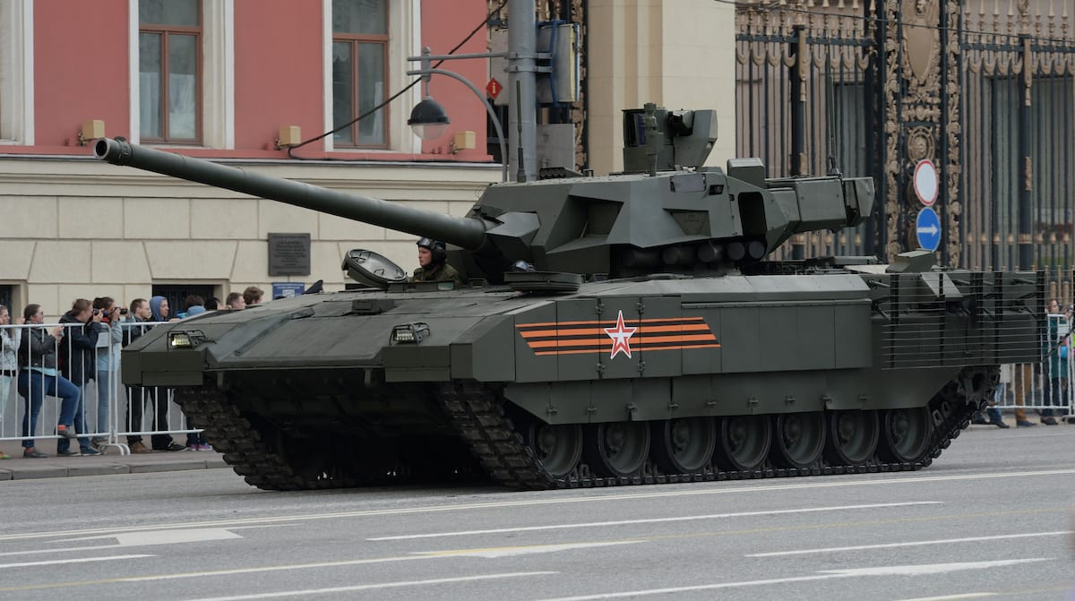 58142UNILAD imageoptim GettyImages 472416232 Leaked Documents Show UK Military Is Terrified Of New Russian Tanks