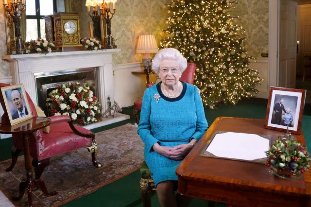 36198UNILAD imageoptim GettyImages 630506898 640x426 The Queens Illness Mystery Deepens As Buckingham Palace Refuse To Comment