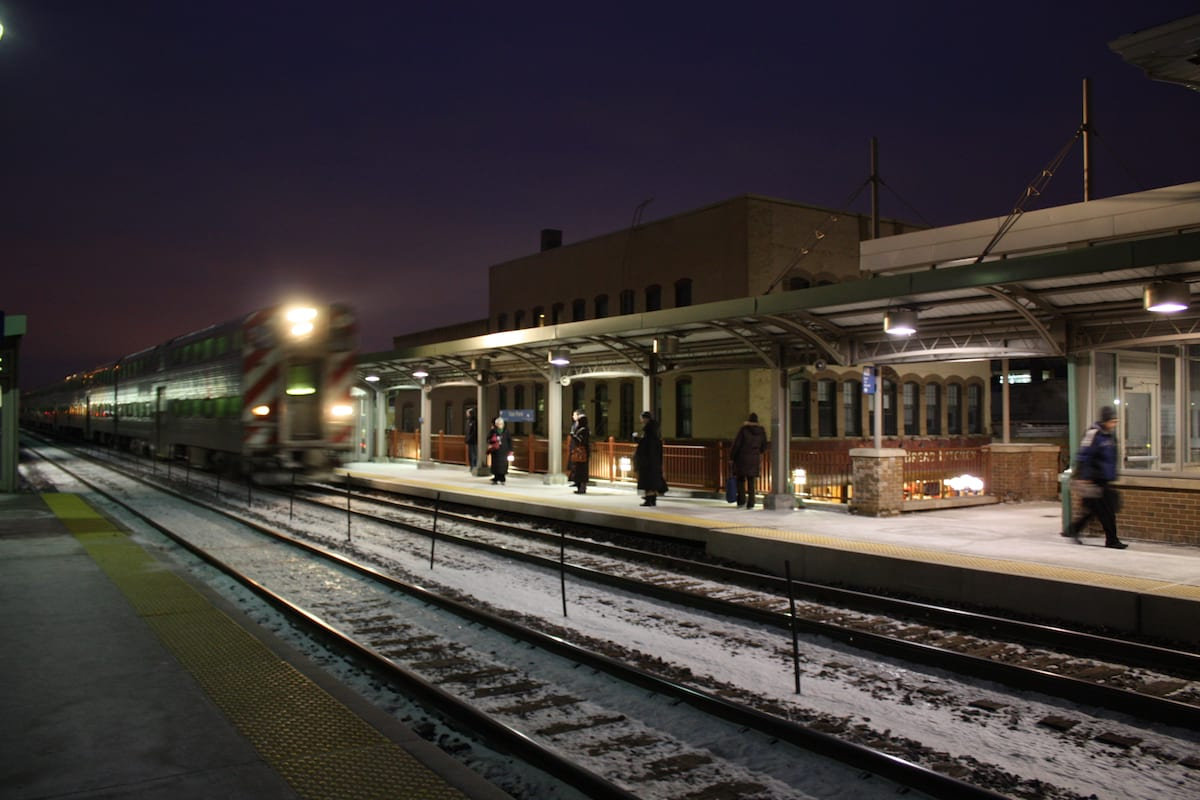 45354UNILAD imageoptim Oak park train station This Is What Its Like To Be Homeless At Christmas