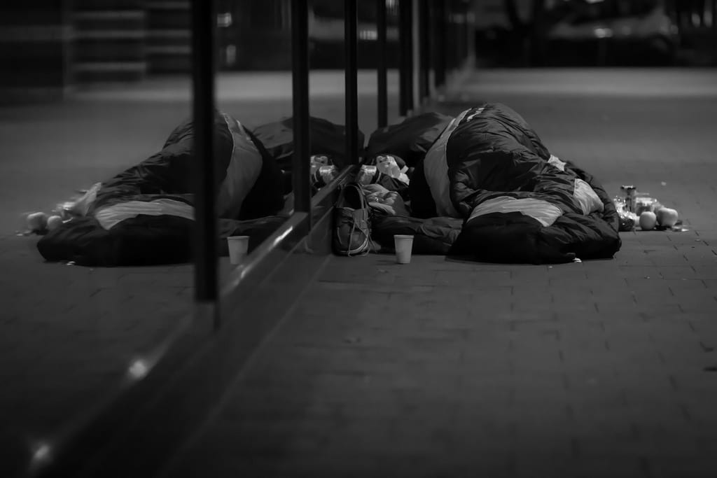 58410UNILAD imageoptim 12790452674 d46b12265f b This Is What Its Like To Be Homeless At Christmas