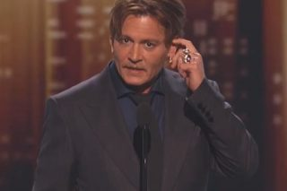 Johnny Depp Thanks Fans For Trusting Him During Emotional Acceptance Speech