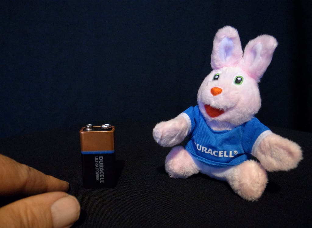 38773UNILAD imageoptim duracell bunny Gay Men Whove Slept With Women Share How They Found It