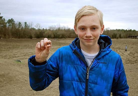 Teen Finds Massive 7.44 Carat Diamond In Middle Of State Park